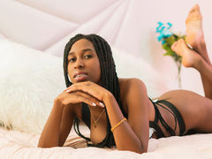DanielaSpencer - female with brown hair webcam at LiveJasmin
