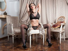 deeana89 - female with brown hair and  big tits webcam at LiveJasmin