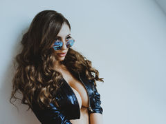 DiamondRoseX - blond female with  big tits webcam at LiveJasmin