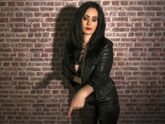 DianaCollins - female with black hair and  big tits webcam at LiveJasmin