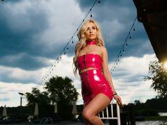 EvelynDiamond - blond female webcam at LiveJasmin
