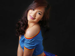 flirtiexx - female with black hair webcam at LiveJasmin
