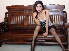 GangsterBarbieX - shemale with black hair webcam at LiveJasmin
