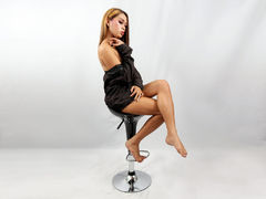 LEGENDARYNICOLE - blond shemale webcam at LiveJasmin