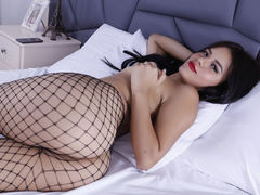 HannaGrey - female with black hair and  big tits webcam at LiveJasmin