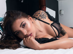 IsabellaNourie - female with brown hair and  big tits webcam at LiveJasmin