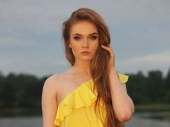 Kseenia - female with red hair webcam at LiveJasmin