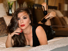 LenaFox - female with brown hair webcam at LiveJasmin
