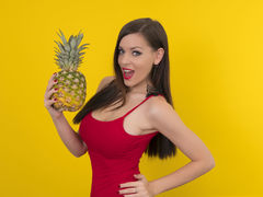 Lillysmile - female with black hair and  big tits webcam at LiveJasmin