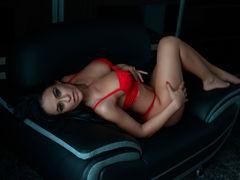 LindaClara - female with black hair and  big tits webcam at LiveJasmin