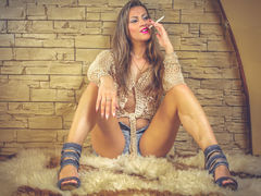 LOVELYBLONDIExx - female with brown hair webcam at LiveJasmin