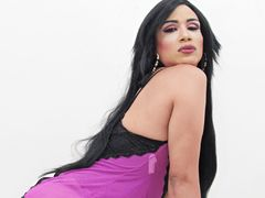 luccianaferrer - shemale with black hair webcam at LiveJasmin