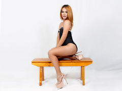 MariaAngelicax - blond shemale webcam at LiveJasmin