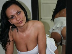 mamasitaSEXI - female with black hair and  big tits webcam at LiveJasmin