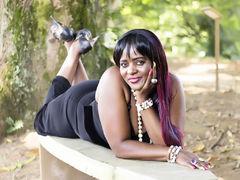 maturebony - female with black hair and  small tits webcam at LiveJasmin