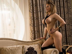MinaDiamond82 - blond female webcam at LiveJasmin