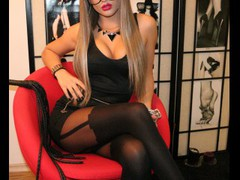 MissSophieee - female with brown hair webcam at LiveJasmin