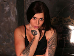 MithrellasXS - shemale with black hair webcam at LiveJasmin