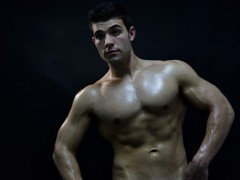 MuscleBigGay69 from LiveJasmin