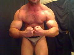 MuscleContact - male webcam at ImLive