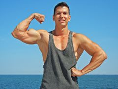 MuscularGOD from LiveJasmin