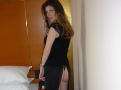 HotKittenDoll - female with brown hair and  big tits webcam at LiveJasmin