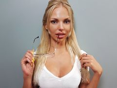 NatashaIvanova - blond female with  big tits webcam at LiveJasmin