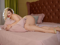NaomiSensuel - blond female with  big tits webcam at xLoveCam