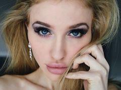PatriciaGoddess - blond female webcam at LiveJasmin
