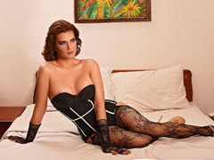 RaineScarlett - shemale with brown hair webcam at LiveJasmin