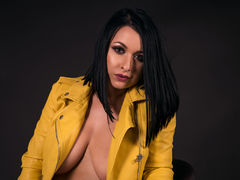 RaniaAmour - female with black hair and  big tits webcam at LiveJasmin