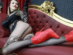 Romanella - blond female with  small tits webcam at LiveJasmin