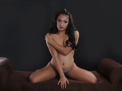SelfSuckrForRent from LiveJasmin