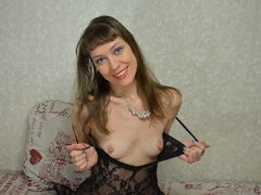 Sensualvicci - female with red hair and  small tits webcam at LiveJasmin