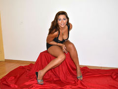 sensimilf - female with brown hair and  big tits webcam at LiveJasmin
