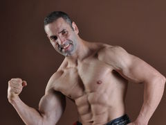 daddymuscle - male webcam at LiveJasmin