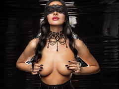 SusanB - female with black hair webcam at LiveJasmin