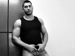 TheSexyHunk from LiveJasmin