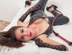 TranscumfeederTS - shemale with black hair webcam at LiveJasmin