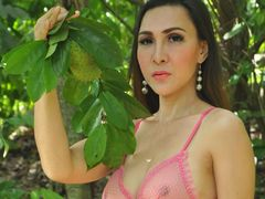 TSsexylicious - shemale with brown hair webcam at LiveJasmin