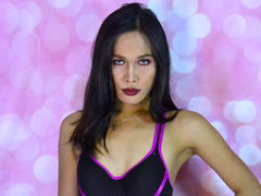 tsBacon - shemale with black hair webcam at LiveJasmin