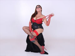 UrHighnessCASSYx - shemale with brown hair webcam at LiveJasmin