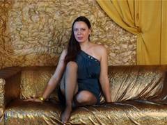 UrLovelyLadyX - female with brown hair webcam at LiveJasmin