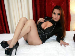xARIANNEx - shemale with black hair webcam at LiveJasmin