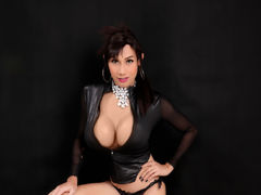 XHotStephanieX - shemale with brown hair webcam at LiveJasmin