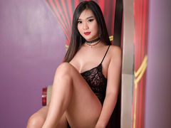 xHUGEcumEXPLODEx - shemale with black hair webcam at LiveJasmin
