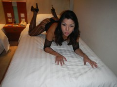XLtsH0RSEC0CK - shemale with black hair and  big tits webcam at LiveJasmin