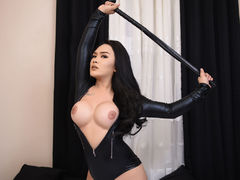 xQUEENBELLAx - shemale with black hair webcam at LiveJasmin