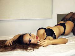 xxSexBombDriverx - shemale with black hair webcam at LiveJasmin