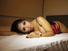xxTSPRECIOUSXX - shemale with brown hair webcam at LiveJasmin